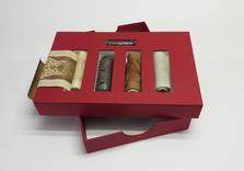Boîte en Kansas rouge pour rouleaux persans